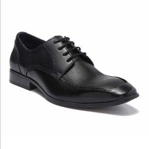 Brand new never worn Steve Madden Leather Derby